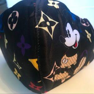 Mickey Unisex washable face mask.